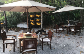 Restaurant Boulder Bay Eco Resort Mergui Archipel Myanmar